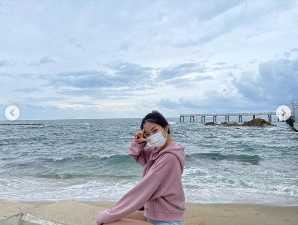 김혜윤, 바닷가에 나타난 마멜공주...오늘은 핑크소녀[TEN★]