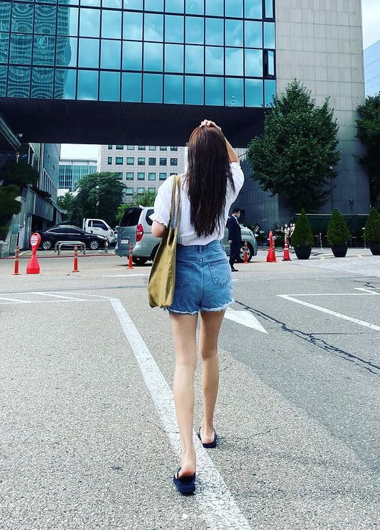 유지태♥김효진, 부러질 듯 한 발목...애둘맘 맞어?[TEN★]