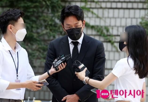 """[TEN 이슈] """"건강한 배우 될게요"""" 하정우, 차명으로 프로포폴 투약 인정 뒤 내놓은 해명"""