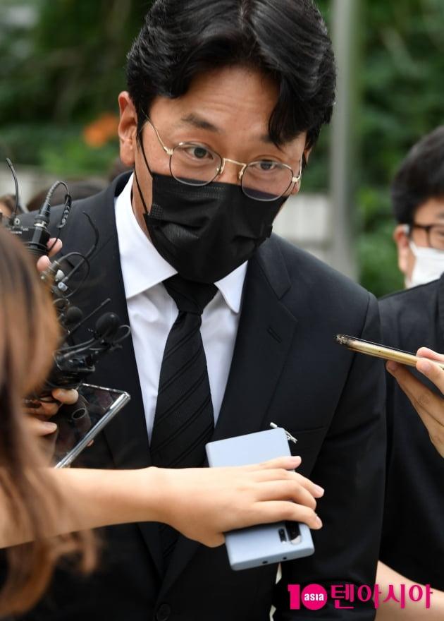 [TEN 포토] '프로포폴 불법 투약 혐의' 하정우 '심려 끼쳐 드려 죄송'