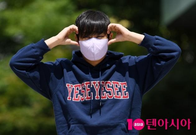 [TEN 포토] 박재정 '큼직한 볼하트 귀엽네'