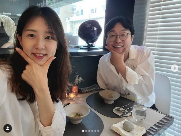 박휘순♥'17세 연하' 천예지, 껌딱지 신혼 달달해...아로마마사지 받고 밤산책 [TEN★]