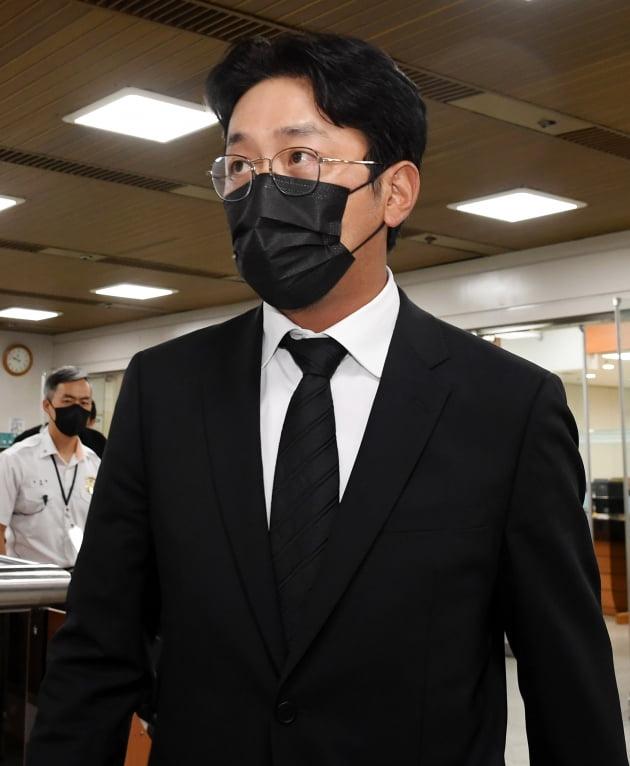 [TEN 이슈] '프로포폴' 하정우, 불똥 튄 출연작 4편…마약 다룬 '수리남'은 어쩌나