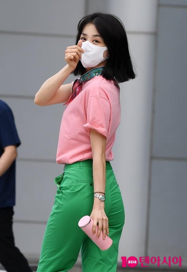 [TEN 포토] 박하선 '잘록한 허리라인...도대체 몇 인치이야?'