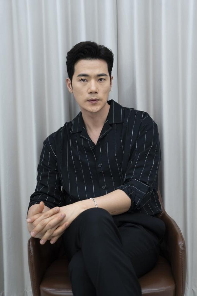 영화 '귀문'에 출연한 배우 김강우. / 사진제공=CJ CGV