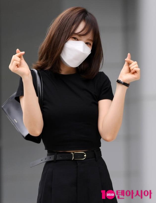 [TEN 포토] 레드벨벳 웬디 '매력적인 양손하트'