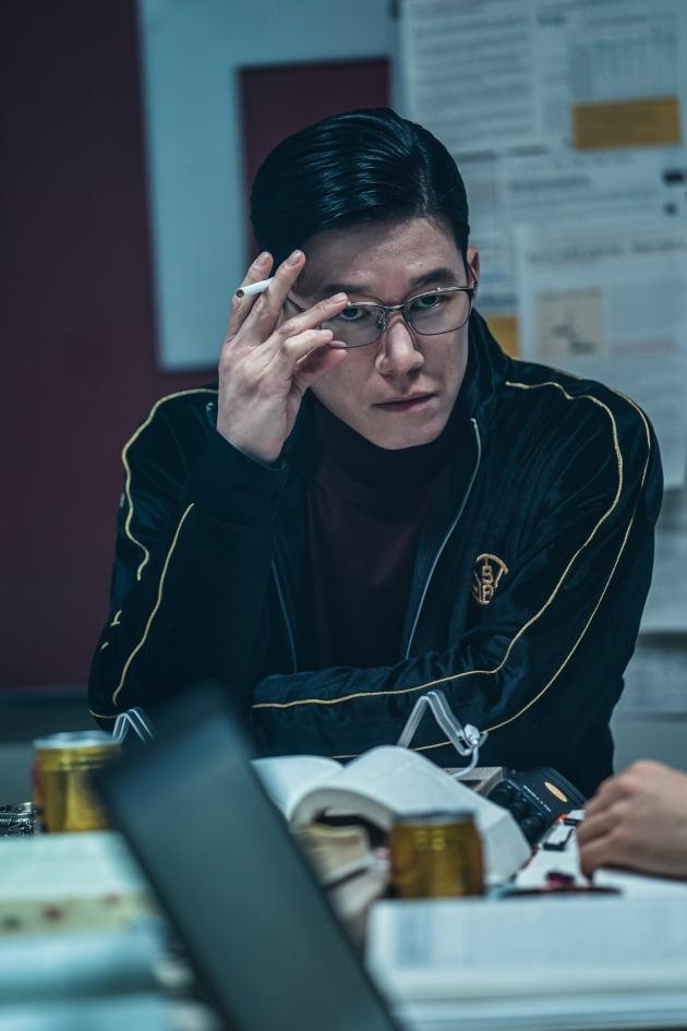 '보이스' 김무열, 보이스피싱 설계자?…광기 서린 新 캐릭터로 돌아온다