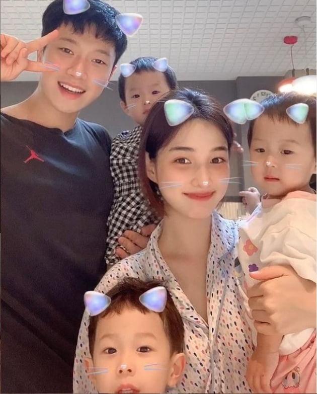 '아이돌 출신 애셋맘' 율희, 살 더 빠졌나…눈에 띄는 베이비 페이스[TEN★]
