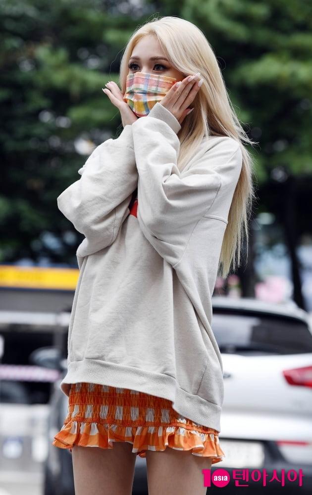 [TEN 포토] 전소미 '사랑스러운 출근길'