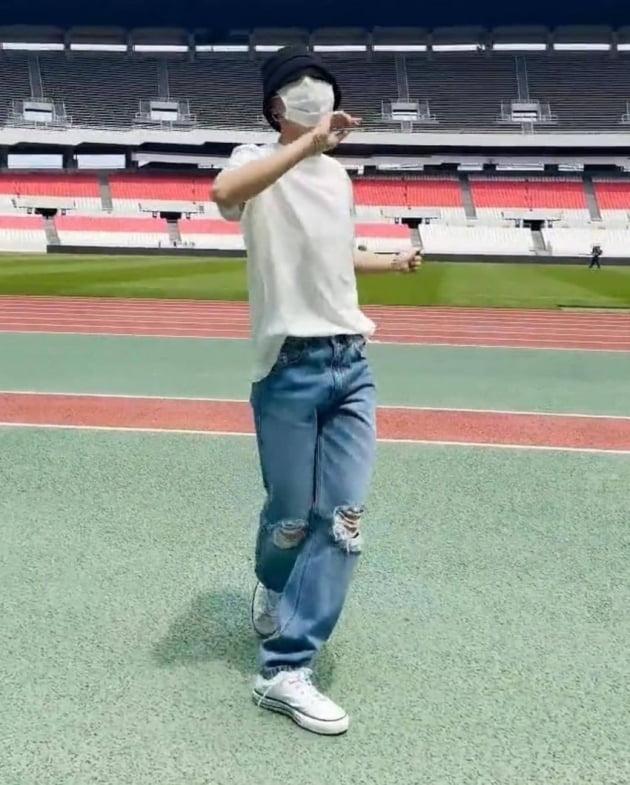 방탄소년단 지민 'PTD' 영상 공개 뒤 틱톡 팔로워 급증 '한국연예인 24시간 개인 신기록'