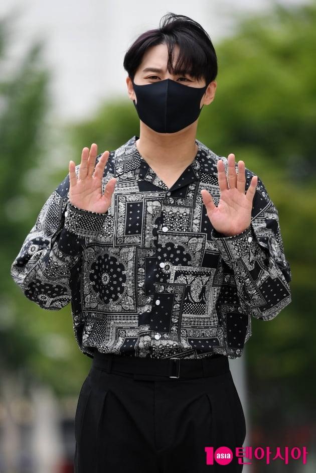 [TEN 포토] 김준수 '바람도 질투하는 외모'
