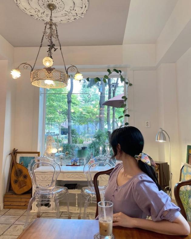 """'전진♥' 류이서, 매매가 10억대 """"집 근처 예쁜 카페"""" 투어…유럽 귀족 분위기 [TEN★]"""