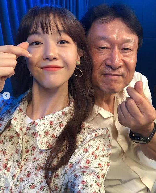 방민아, 김응수와 6년만에 재회...대세들의 만남[TEN★]