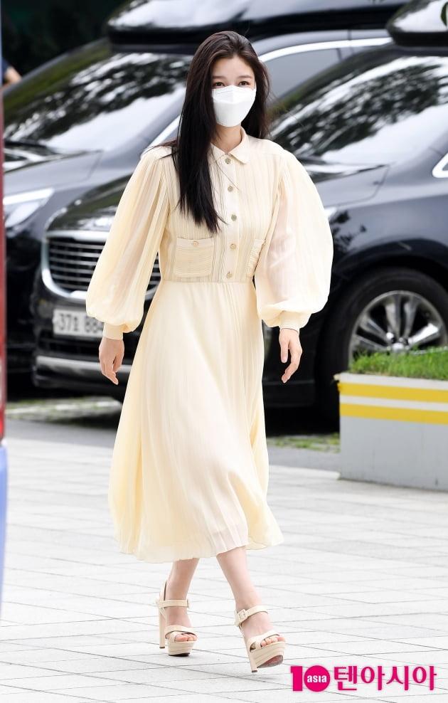 [TEN 포토] 김유정 '우아한 발걸음'