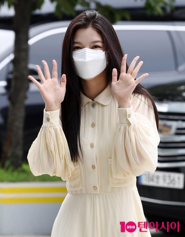 [TEN 포토] 김유정 '두 눈에 별을 박은 것처럼'