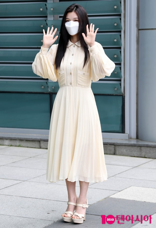 [TEN 포토] 김유정 '노란 원피스로 아름답게'