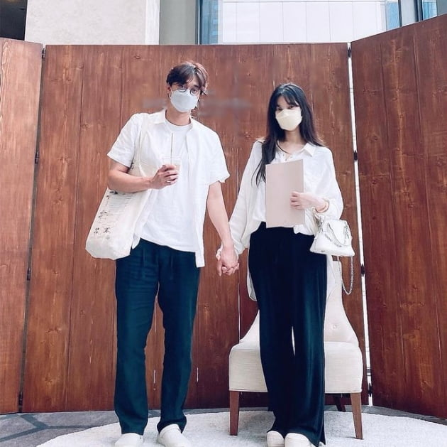 'KAIST 연대 커플' 이장원·배다해, 커플사진 첫 공개...달달한 예비부부[TEN★]