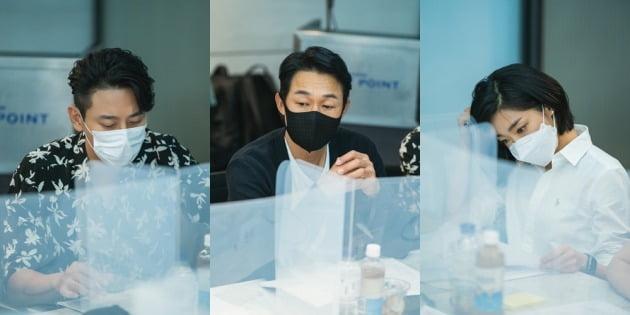영화 '젠틀맨' 주인공 주지훈(왼쪽부터), 박성웅, 최성은 / 사진제공=콘텐츠웨이브