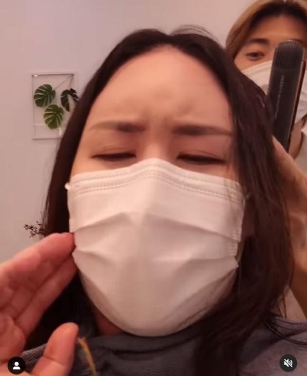'삼둥이' 품은 황신영, 100kg 육박해도 생머리는 포기 못해 [TEN★]