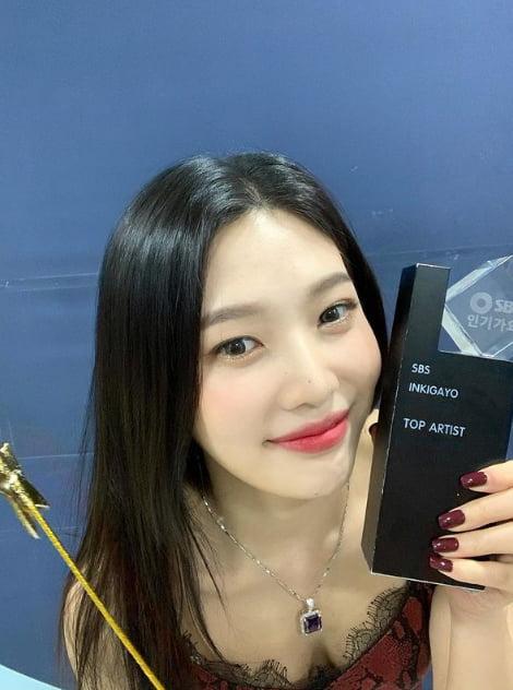 '크러쉬♥' 레드벨벳 조이...SNS에도 '♥♥♥♥'[TEN★]