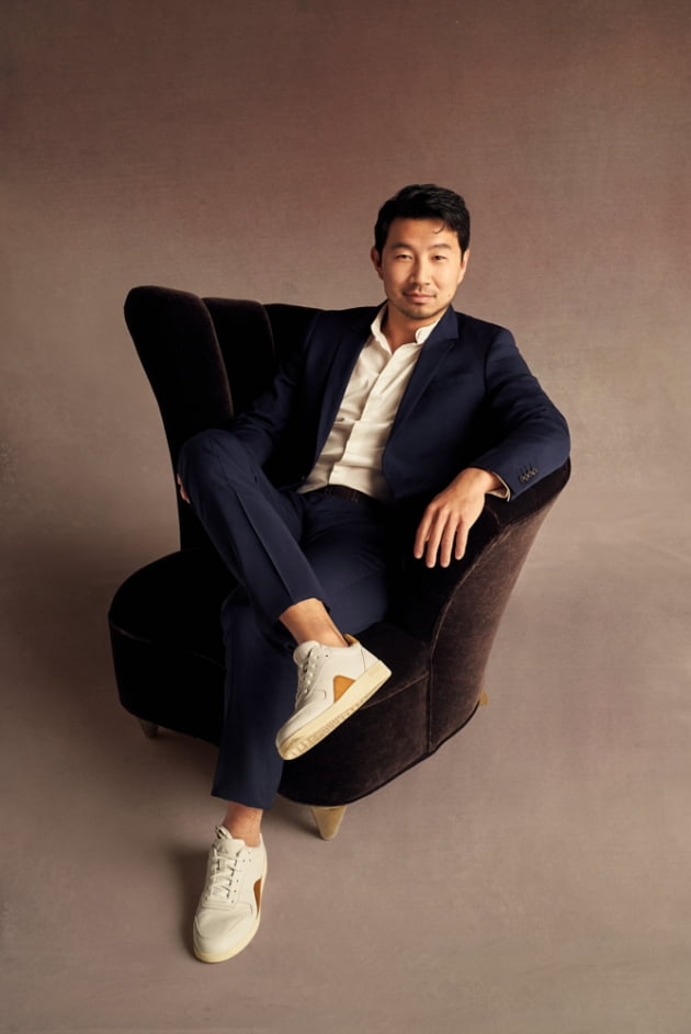 영화 '샹치와 텐 링즈의 전설' 시무 리우./ 사진제공=월트디즈니 컴퍼니 코리아