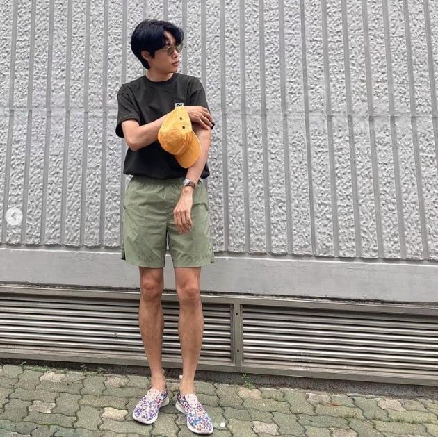 '혜리♥︎' 류준열, 우월한 비주얼...점점 말라가는 새다리[TEN★]