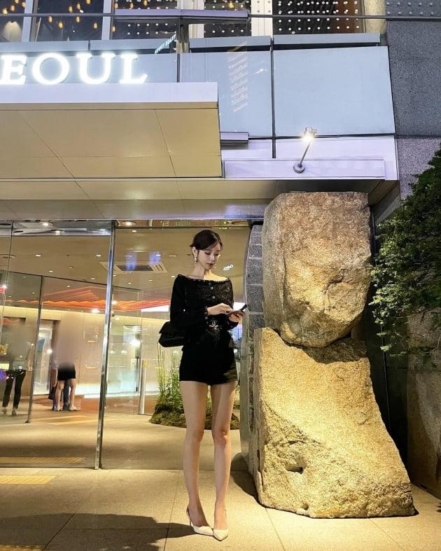 '싱글맘' 야옹이 작가, 명품C사룩 입고 5성급호텔서 ♥전선욱과 데이트 '우아' [TEN★]