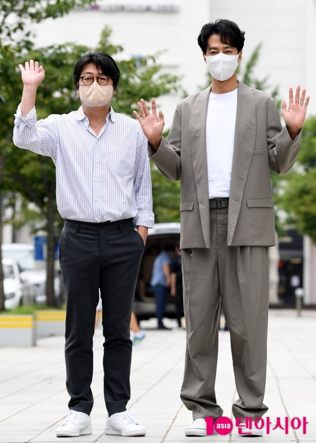 [TEN 포토] 김윤석-조인성 '모가디슈 300만 돌파 공약 지킨다'
