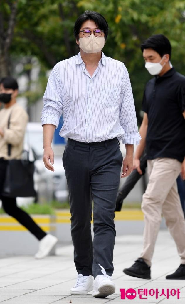 [TEN 포토] 김윤석 '국민배우의 남다른 카리스마'