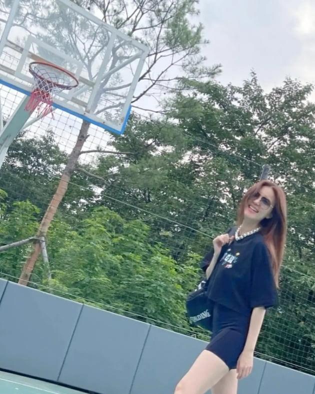 """정시아, '♥백도빈'보다 더 든든할 '남사친'과 농구 데이트 """"그냥 다 좋아!"""" [TEN★]"""