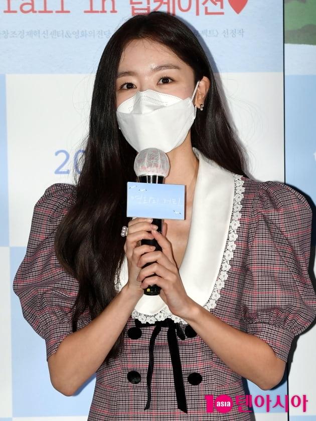 "[TEN 포토] 한선화 ""첫 장편 영화 떨려요"""