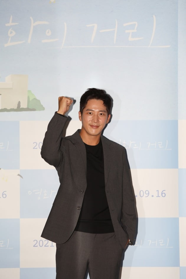 배우 이완이 31일 열린 영화 '영화의 거리' 언론시사회에 참석했다. / 사진제공=씨네소파