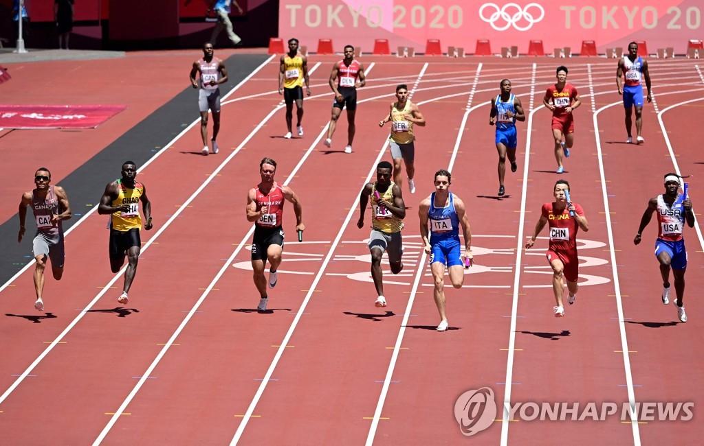-올림픽- 미국 육상 남자 400m계주팀 예선 탈락…칼루이스, 강하게 질책
