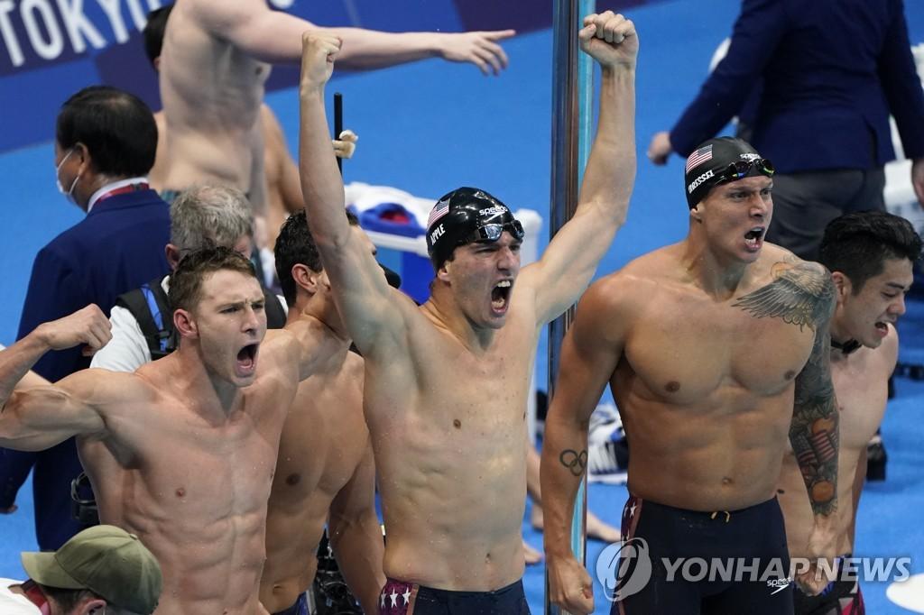 -올림픽- '펠프스 후계자' 드레슬, 대회 첫 5관왕…매키언은 메달 7개