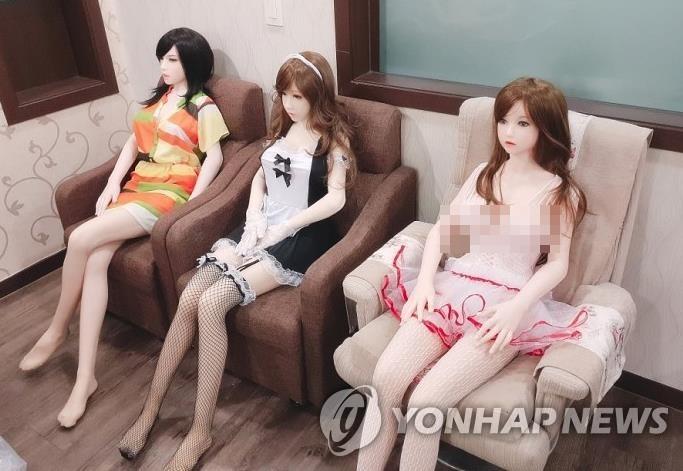 오피스텔에 숨은 '리얼돌 체험방'…인천 8곳 모두 폐업