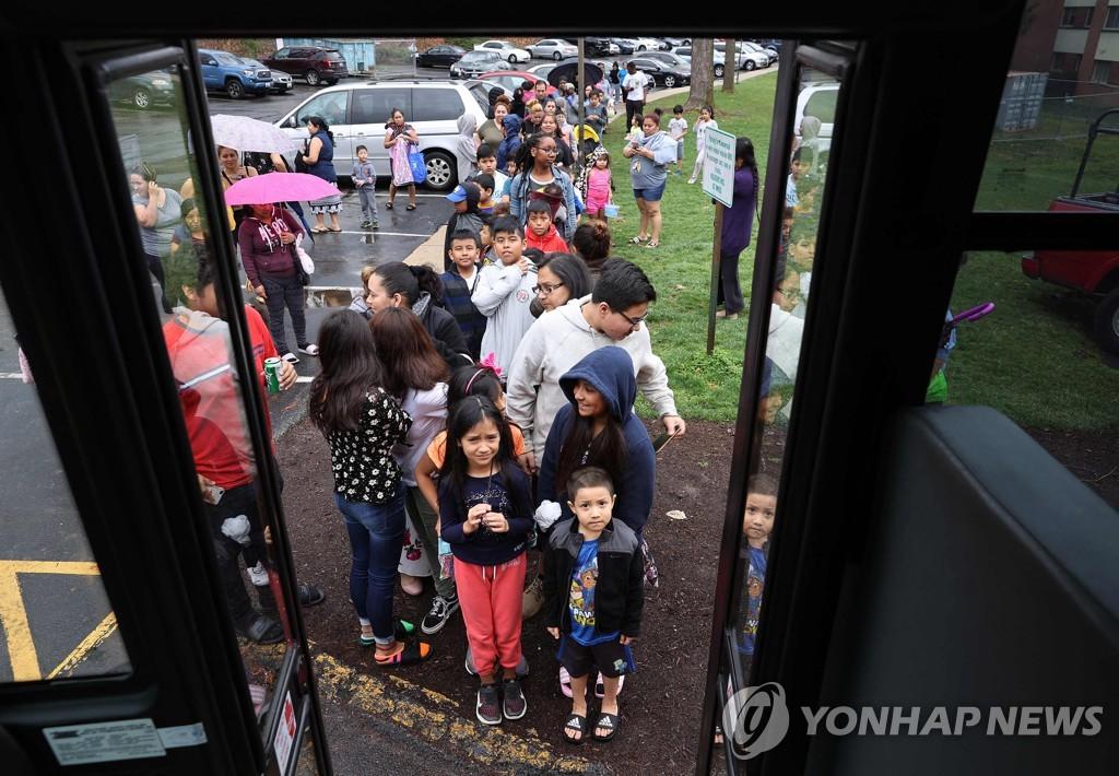 미국 아동·고용 복지 변혁…'무조건 보장수당' 파장 주목
