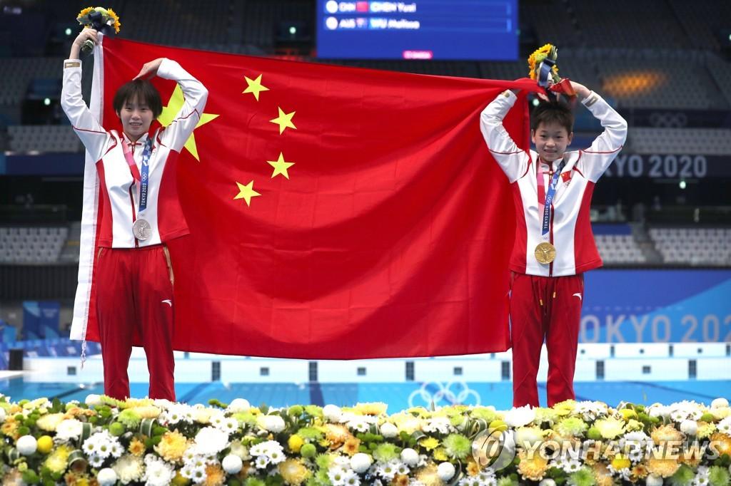 -올림픽- 14세 취안훙찬도 1등…中 여자다이빙, 4회 연속 4개 금메달 독식