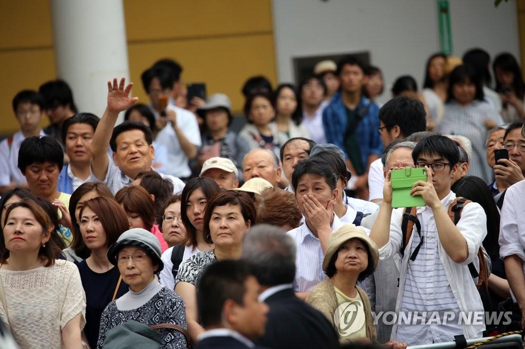 [톡톡일본] 세습정치 못 버린 자민당…총선 앞두고 지역구 물려주기