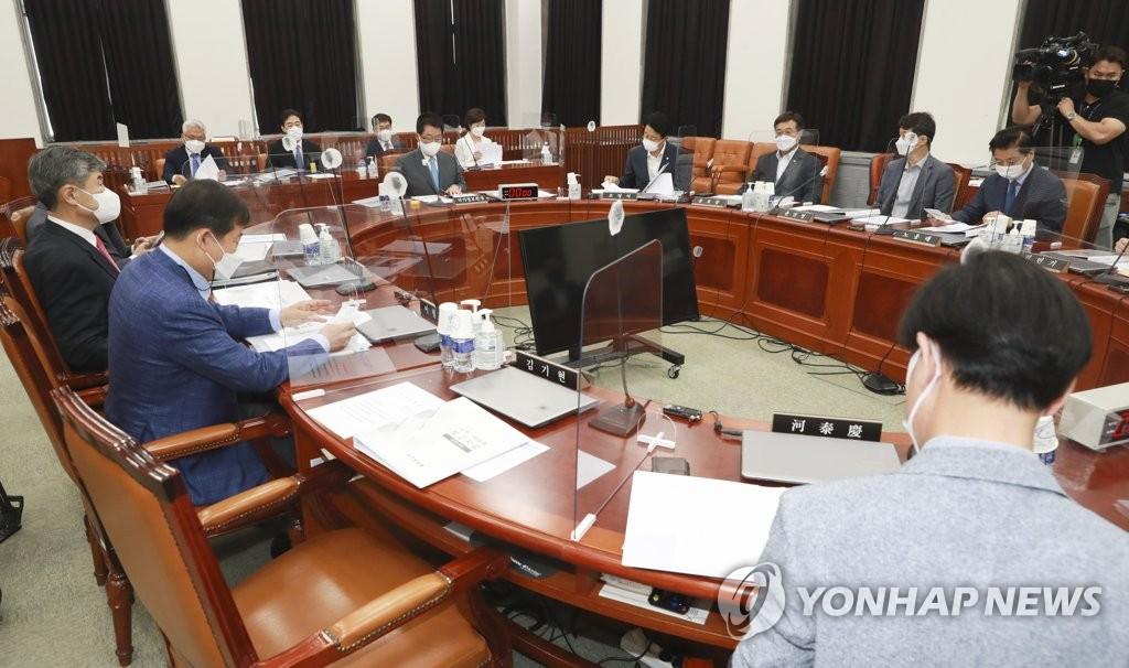 정보위, 오늘 전체회의…국정원 '北 현안보고' 청취
