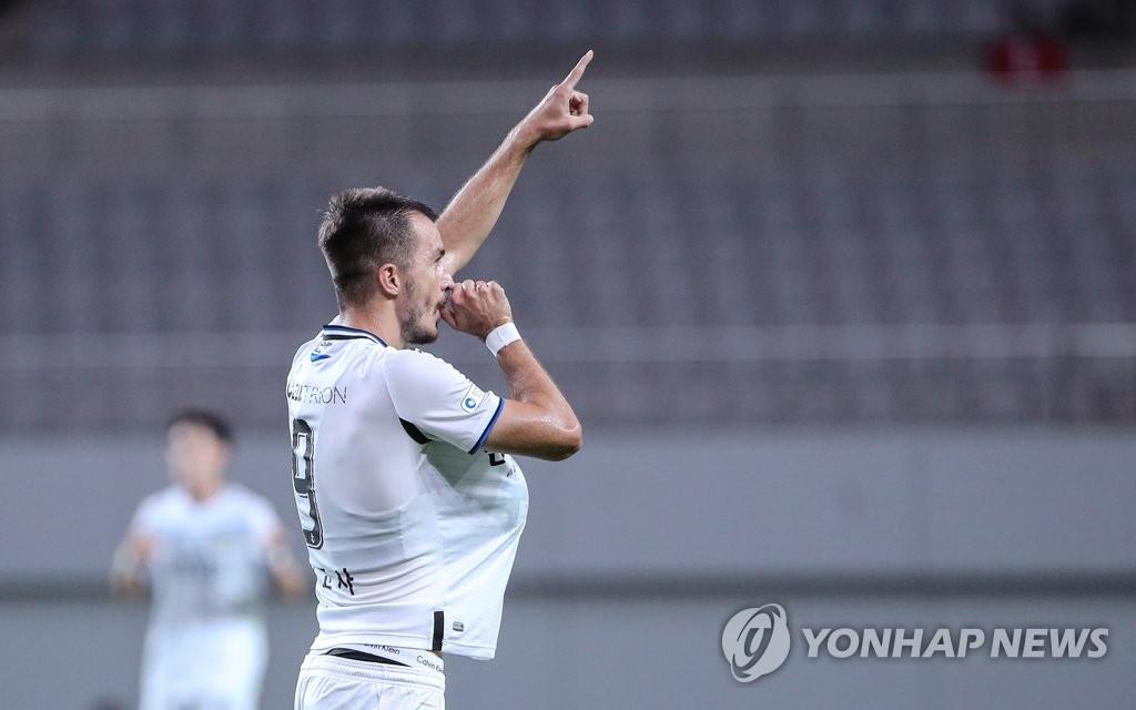'강등이 뭐죠?'…K리그1 인천·수원FC, 주말 무패 행진 이어갈까