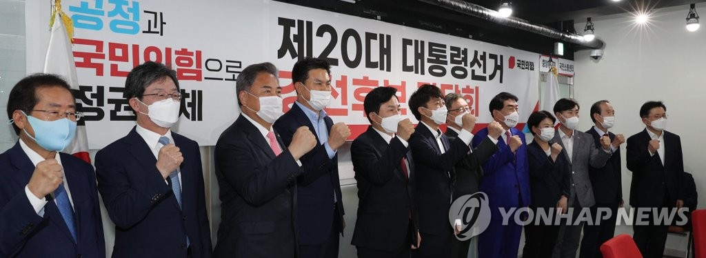 이준석 이벤트 또 패싱 논란…'군기잡기'에 尹 2차 보복?(종합)