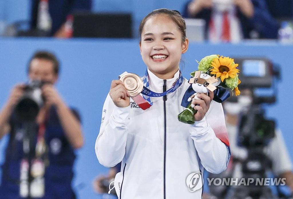 [올림픽] 체조협회 '여자 첫 메달' 여서정에 특별 포상금 검토할까