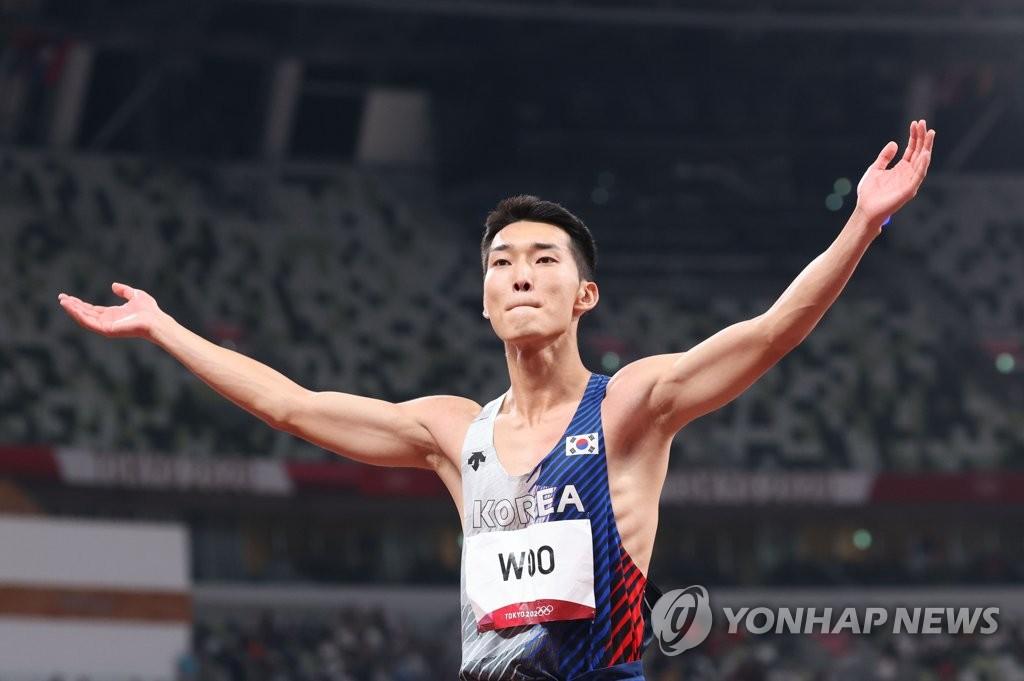 -올림픽- 여서정 도마 동메달…우상혁, 높이뛰기 한국신기록으로 4위