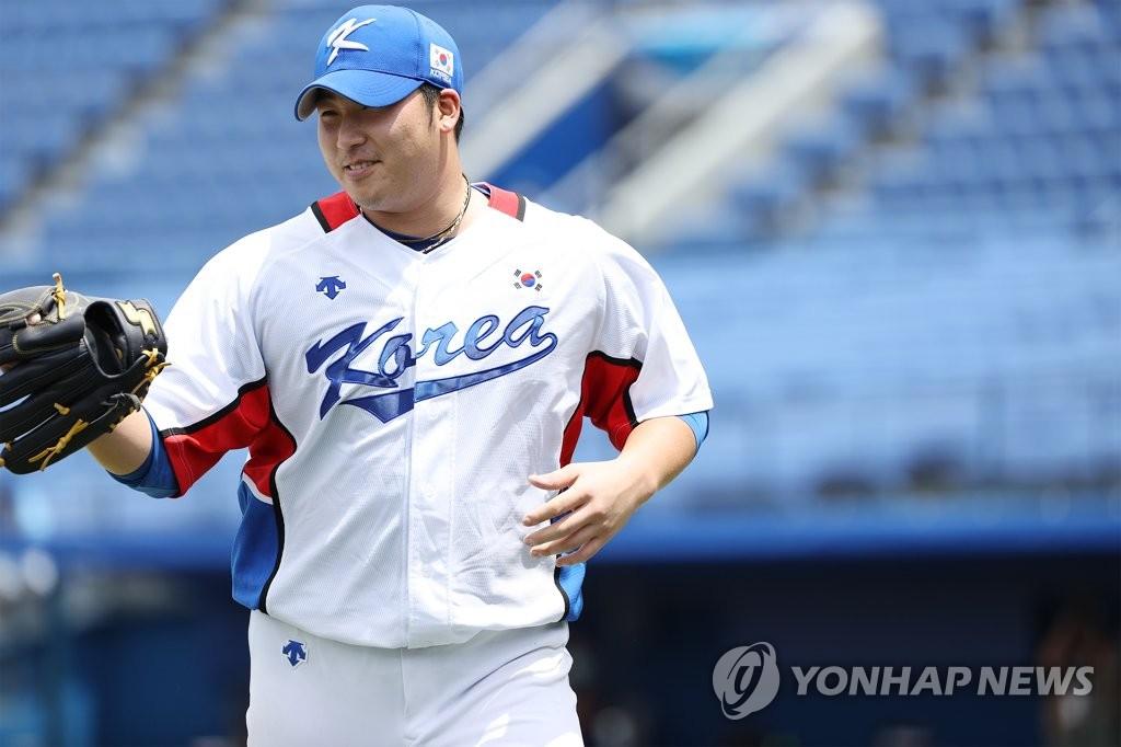 [올림픽] '11타자 연속 범타' 김민우, 이스라엘전 4⅓이닝 1실점