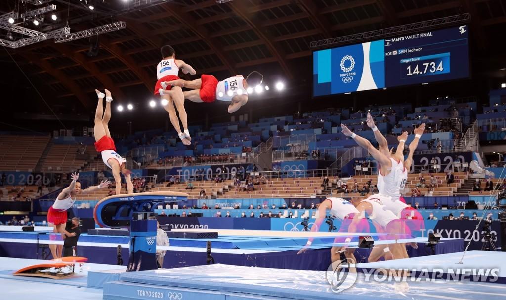 -올림픽- 신재환, 도마서 깜짝 금메달…양학선 이후 한국 체조 두 번째(종합2보)