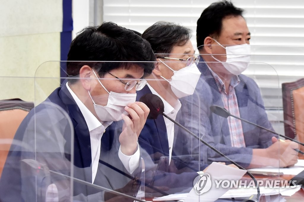 """與, 윤석열 '설화' 원색 비난…""""1일 1망언 행보 끔찍""""(종합)"""