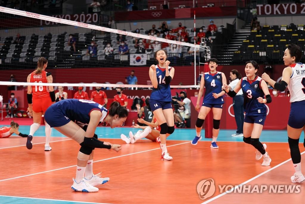 -올림픽- 한국 여자배구 5세트 극적 승리…터키 꺾고 4강행