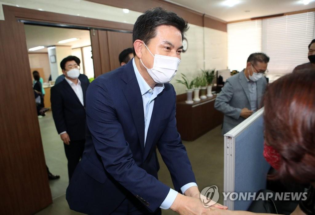 """김태호 """"윤석열 지지율 탄탄한 구조는 아니라고 봐"""""""