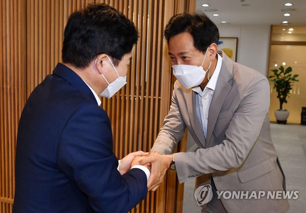 """'입당 동기' 吳 만난 원희룡 """"개혁소장파 초심 살리자"""""""