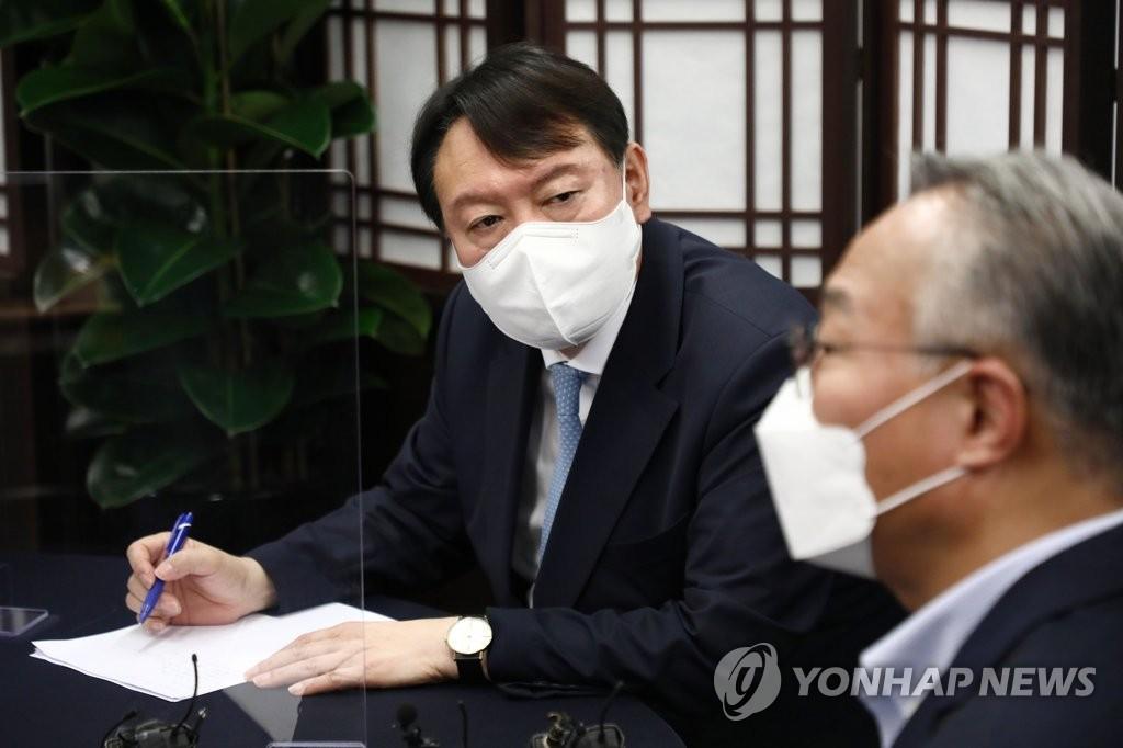 '최장수 대변인' 호남 출신 유종필, 민주 떠나 尹 캠프 합류(종합)
